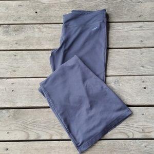 Adidas lightweight pants size large